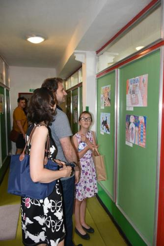 VYSTAVA VÝTVARNÝ ODBOR DETI 2019 UČITEĽKA S.ŠTULEROVÁ 25